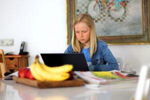 teaching kids to program